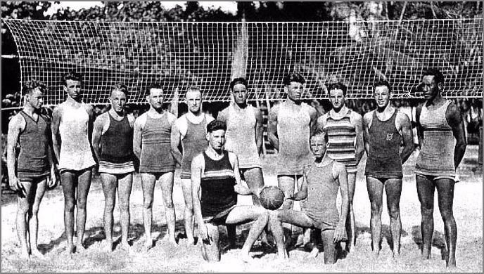Duke Kahanamoku Playing volleyball in Hawaii